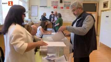 Изборният ден във Велико Търново протича нормално