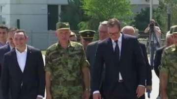 Вучич обмисля възстановяване на казармата в Сърбия