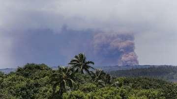 Вулкан на Хаваите продължава да изригва
