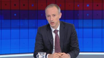 Министър Вълчев: Заплатите в Художествената академия ще бъдат изплатени