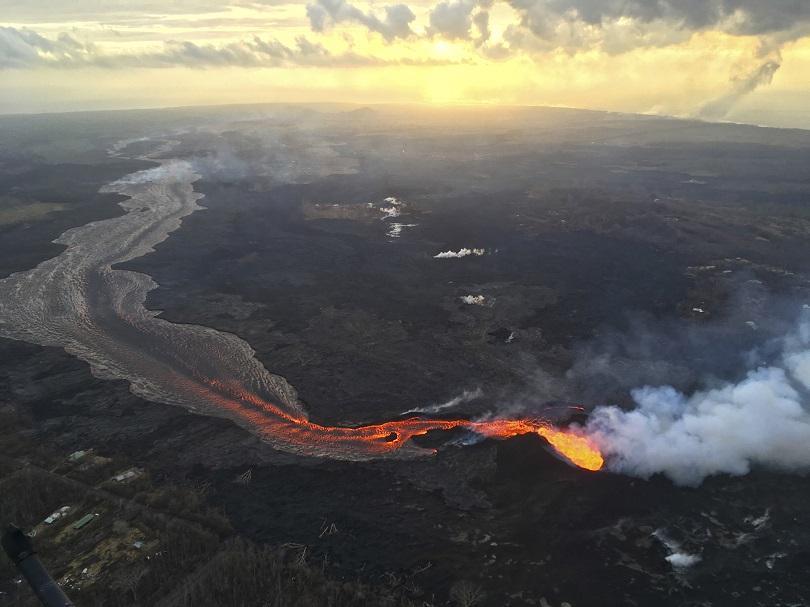 Няма българи сред пострадалите при изригването на вулкана на Хаваите (СНИМКИ)