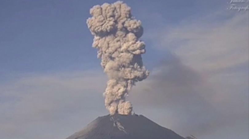 Снимка: Изригна вулканът Попокатепетъл в Мексико