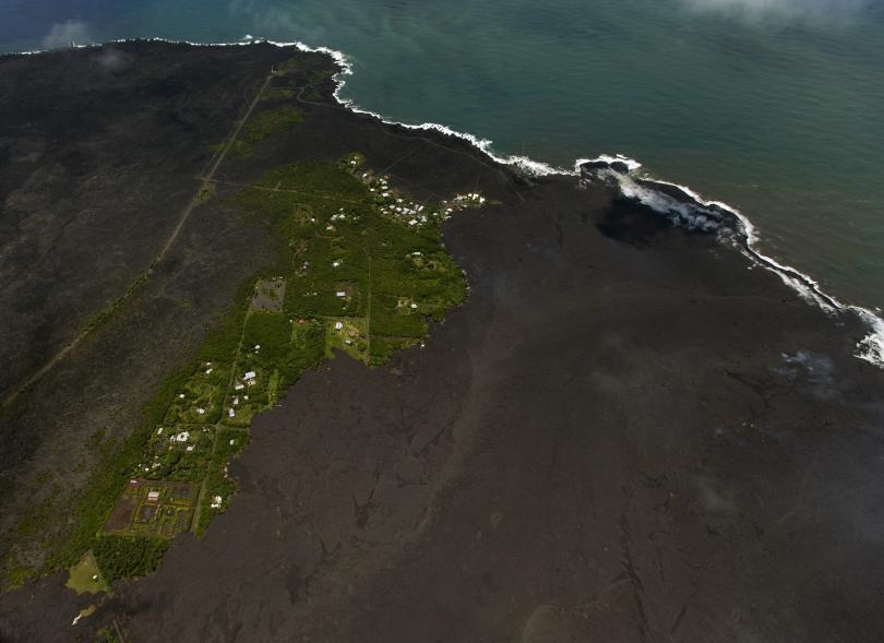 снимка 1 Няма българи сред пострадалите при изригването на вулкана на Хаваите (СНИМКИ)