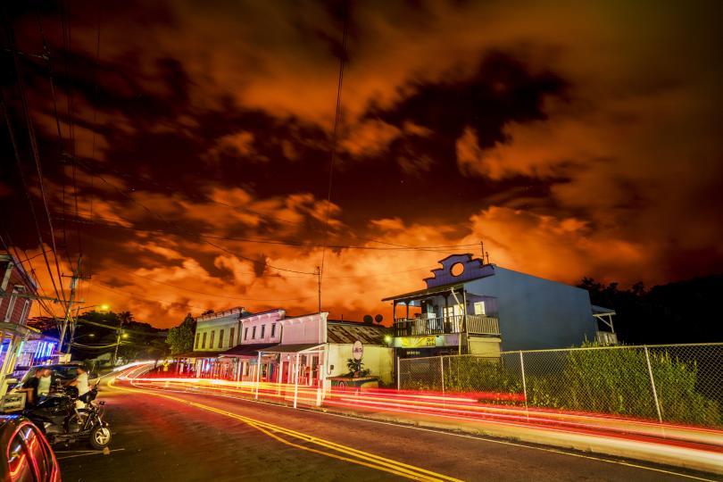 снимка 8 Няма българи сред пострадалите при изригването на вулкана на Хаваите (СНИМКИ)