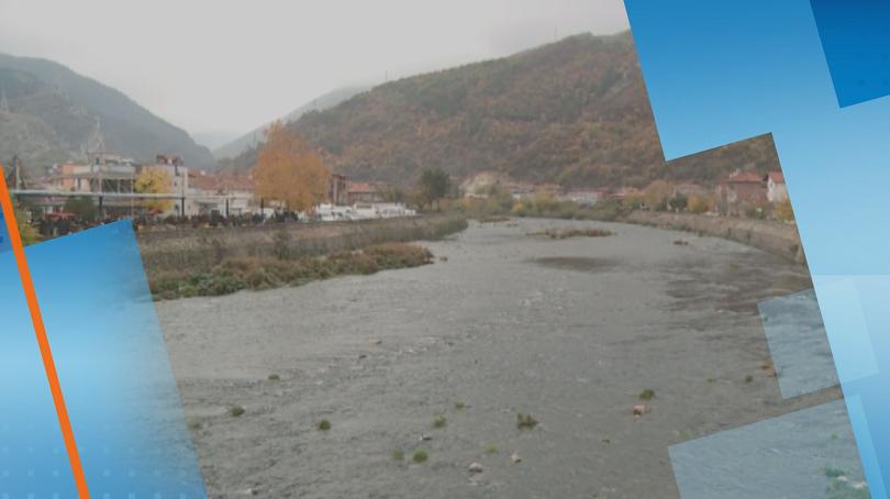 Екологична криза заради пресъхването на река Въча в град Кричим.