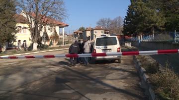 Откриха веществени доказателства в имот на мъжа, предизвикал взрива във Ветово