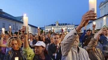 Поредна нощ на протести във Варшава