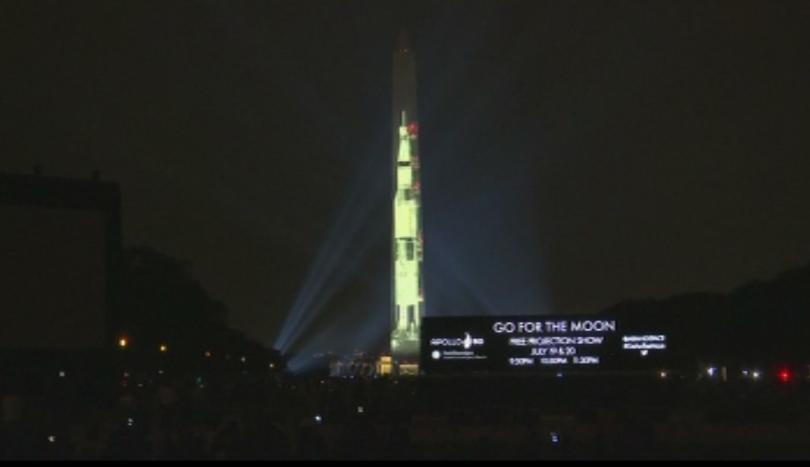 Монументът на Джордж Вашингтон в американската столица се превърна в