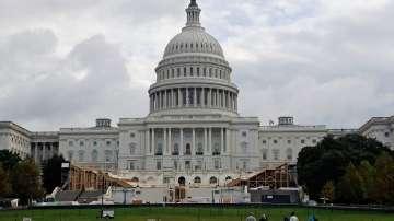 Американският конгрес гласува законопроект за регулиране продажбите на оръжие