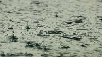 Жълт код за интензивни валежи и градушки e обявен в 9 области