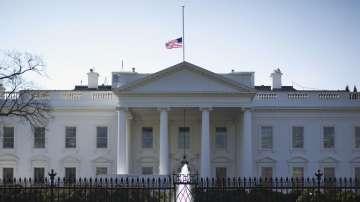 САЩ заплашиха с излизане от ядреното споразумение с Иран