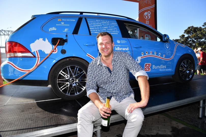 Холандецът Вибе Валкер приключи 3-годишното си приключение в Сидни, Австралия,