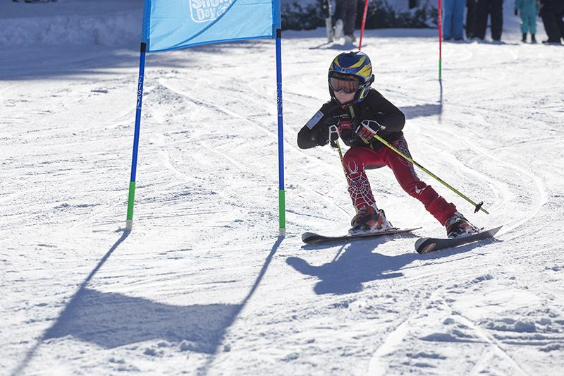 Днес Боровец отбелязва Световния ден на снега. Любителите на планината,