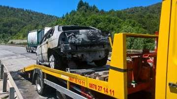 Автомобил се запали на АМ ,,Хемус