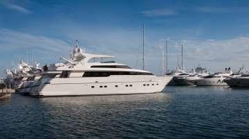 Корабостроители от Холандия: Увеличава се търсенето на супер луксозни яхти