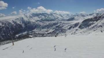Близо 3 часа планински спасители издирваха сноубордист край Банско