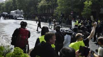 """Слаба мобилизация на протестите на """"жълтите жилетки"""" във Франция"""