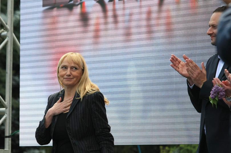 """Снимка: Елена Йончева ще предостави на прокуратурата оригиналния запис Ало, Банов съм"""""""