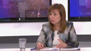 Зорница Русинова: Обмисля се облекчаване на процедурата за осиновяване