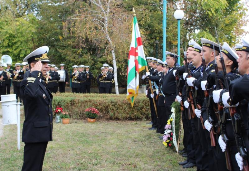 С военен ритуал в Русе беше открита днес паметна плоча