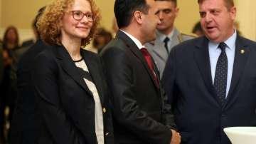 На прием в Скопие: Заев приветства Каракачанов по повод 6 май
