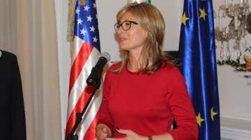 Захариева и Помпео ще обсъдят отпадането на визите за български граждани за САЩ