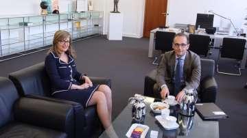 Екатерина Захариева разговаря в Берлин с германския си колега Хайко Маас