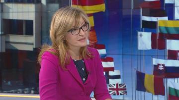 Екатерина Захариева приветства решението на македонския парламент