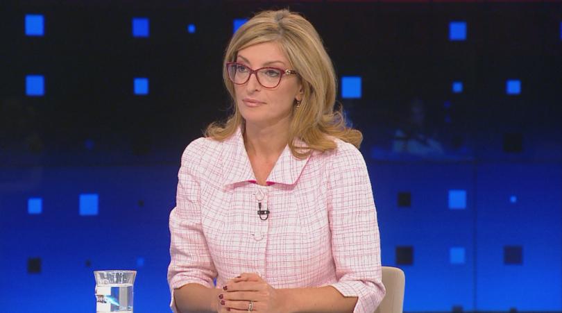 Външният министър Екатерина Захариева коментира в студиото на