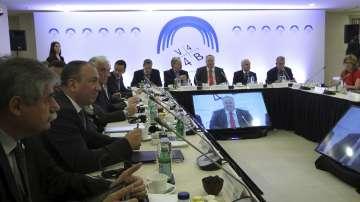 В Гърция се срещат представители на Балканите и Вишеградската група