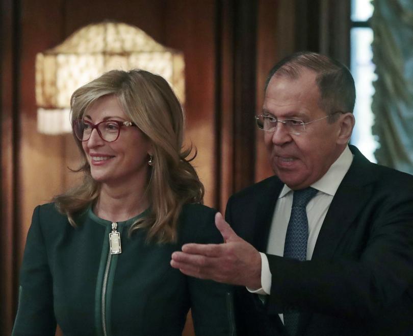 В Москва първите дипломати на България и Русия отбелязаха успеха