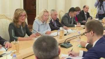 Екатерина Захариева се среща със Сергей Лавров в Москва