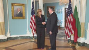Екатерина Захариева е във Вашингтон за среща на външните министри на НАТО