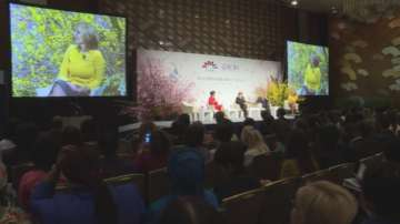 Вицепремиерът Екатерина Захариева участва в петата световна асамблея на жените