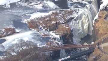 Водопади замръзнаха в Ню Джърси