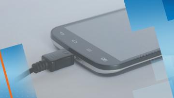 Европарламентът иска въвеждане на единно зарядно устройство