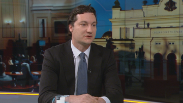 Крум Зарков: Парламентът сам се направи за посмешище в правна комисия