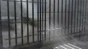 Три години затвор получи мъжът, ритнал възрастна жена на спирка в Бургас
