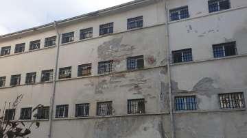 Двама лишени от свобода са избягали от затвора в Стара Загора