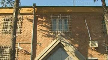 Инспектор от Варненския затвор е задържан заради участие в корупционна схема