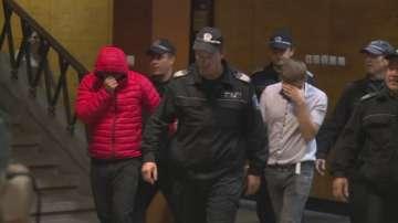 Продължава издирването на двамата избягали затворници