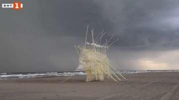Зелена светлина: плажните зверове на Тео Янсен