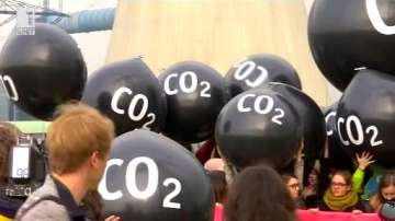 Зелена светлина: Маратонки от въглероден диоксид