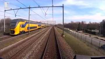 Зелена светлина: Електрическите влакове в Холандия се движат с енергия от вятъра