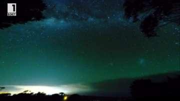 Зелена светлина: Звездното небе на Австралия