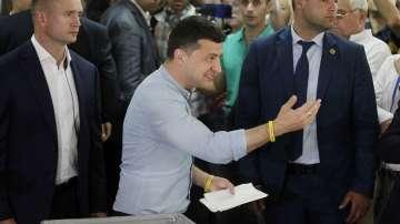 Първи екзит пол: Партията на Зеленски печели предсрочните избори в Украйна