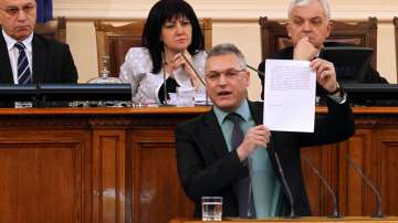 Мнозинството свали Валери Жаблянов от поста на заместник-председател на НС