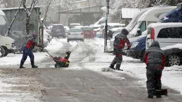 Усложнена зимна обстановка в страната