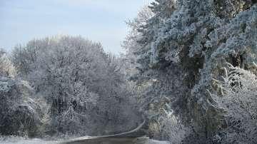 И днес остава ветровито, в Източна България отново ще има снеговалежи