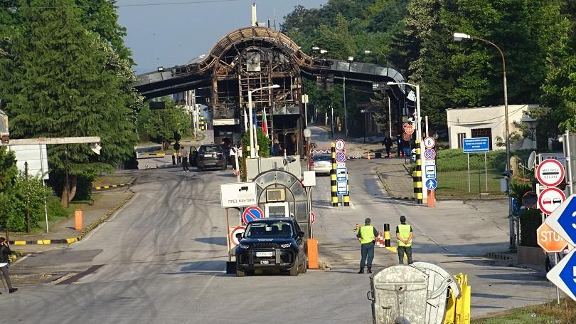 Възстановява се движението на товарни превозни средства през ГКПП Златарево